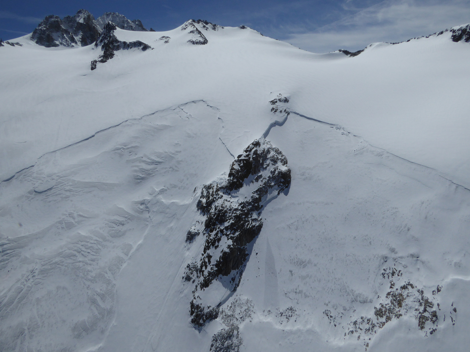 avalanche_grands_2mai2015_4